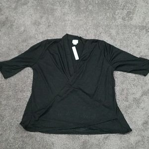 Black 3/4 length sleeve blouse